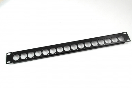 PANOU 1U – 16 XLR