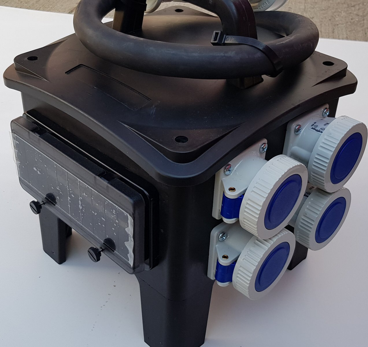 Distribuție trifazată 63A16AM32AT-IP67