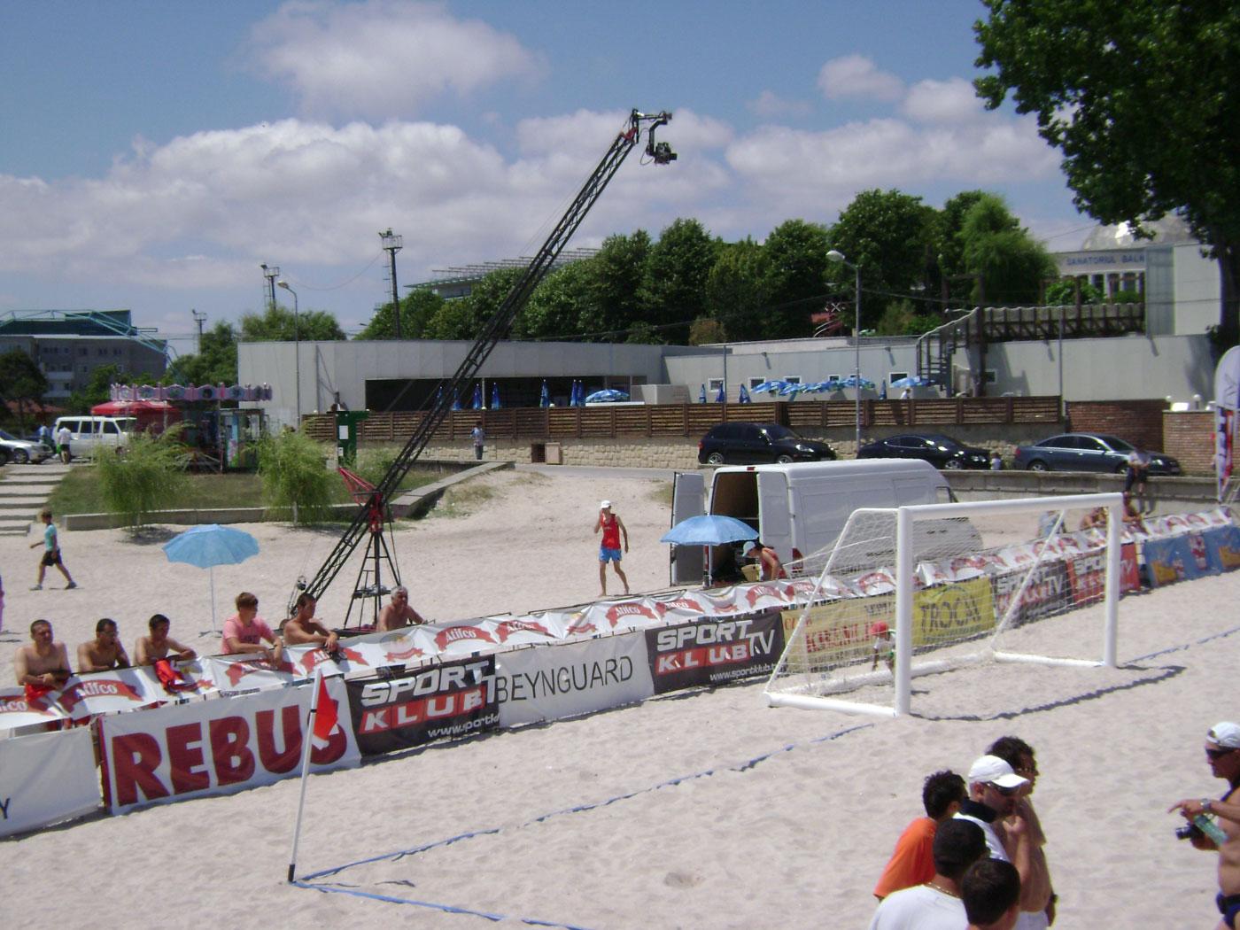 FOOTBALL PE PLAJA 2009